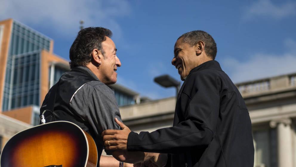links Sänger Bruce-Springsteen, rechts Barack Obama