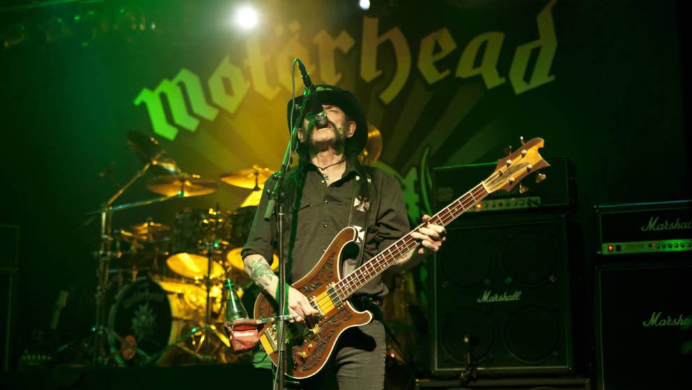 Lemmy Kilmister live mit Motörhead beim The Fillmore Charlotte am 23. September 2015 in Charlotte, North Carolina (USA).  (P