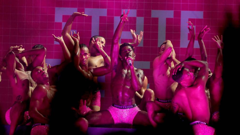 Live-Aufritt von Lil Nas X bei den MTV Video Music Awards 2021 im Barclays Center am 12. September 2021 in Brooklyn, New York