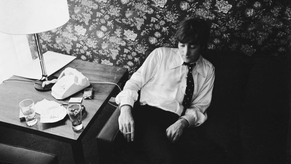 16th August 1966:  John Lennon (1940 - 1980) of the Beatles, after making a formal apology for his controversial statement th