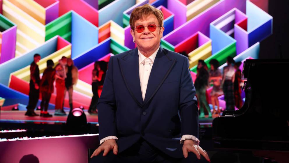 Elton John muss seine 2021 geplanten EU- und UK-Auftritte auf auf 2023 verschieben. (Photo by JMEnternational/JMEnternational
