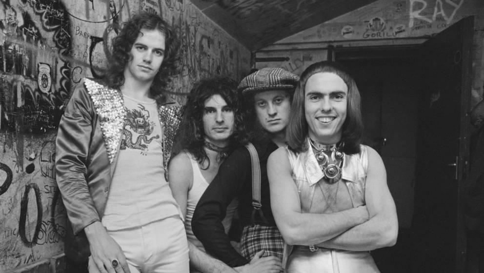 Die britische Glam-Rock Band Slade veröffentlicht erneut ihr viertes Studioalbum.